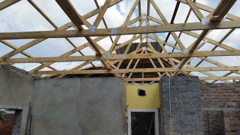 Prefabricated Timber Roof Trusses