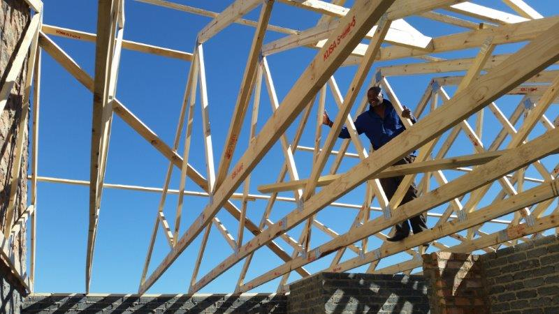 Erection of Roof Trusses